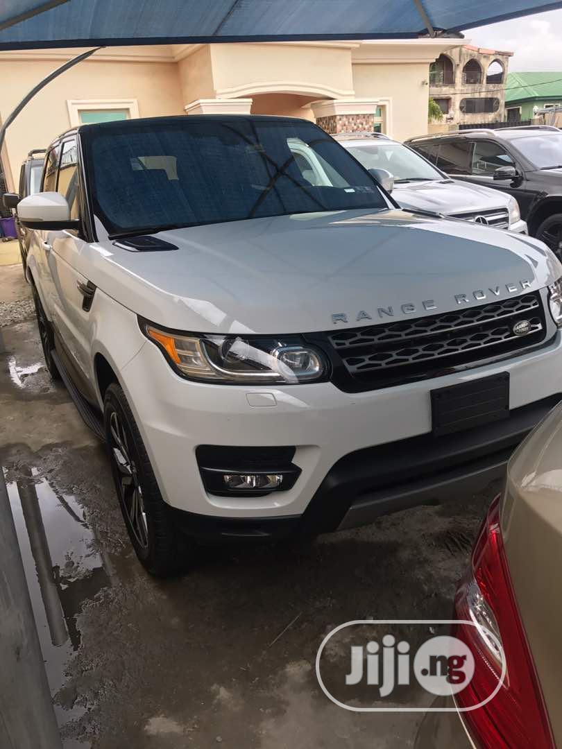 Land Rover Range Rover Sport 2016 SE 4x4 (3.0L 6cyl 8A) White