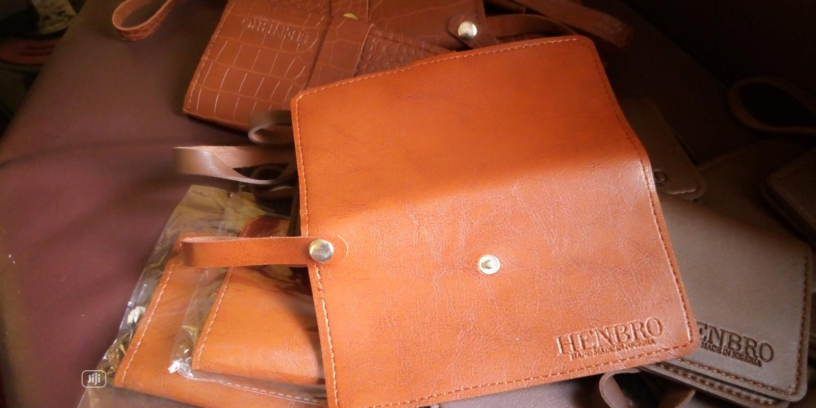 Archive: Henbro Leather Phone Mini Purse /Wallet