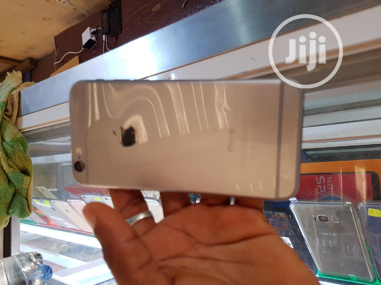 New Apple iPhone 6s 64 GB