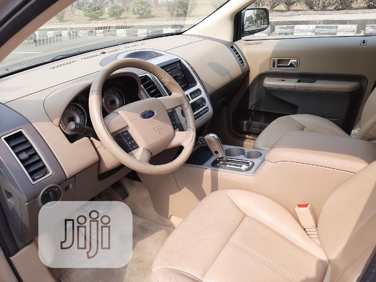 Archive: Ford Edge 2007 SE 4dr FWD (3.5L 6cyl 6A) Gold
