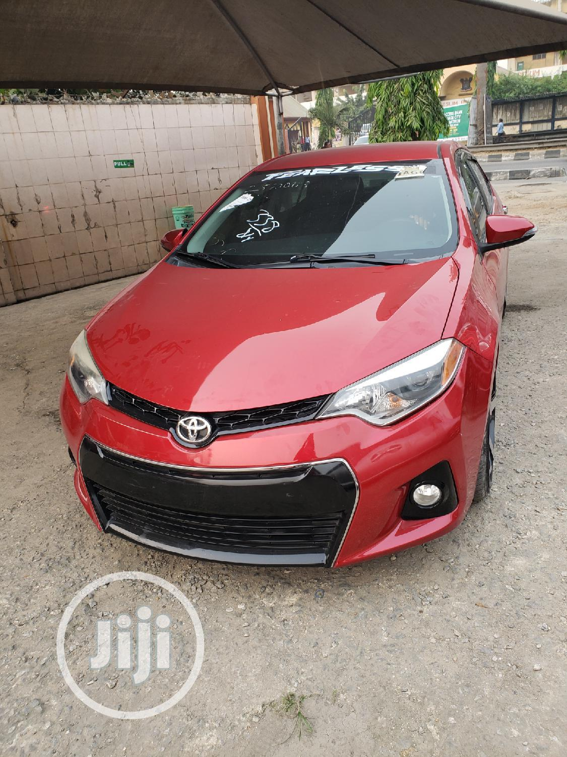 Toyota Corolla 2015 Red | Cars for sale in Surulere, Lagos State, Nigeria