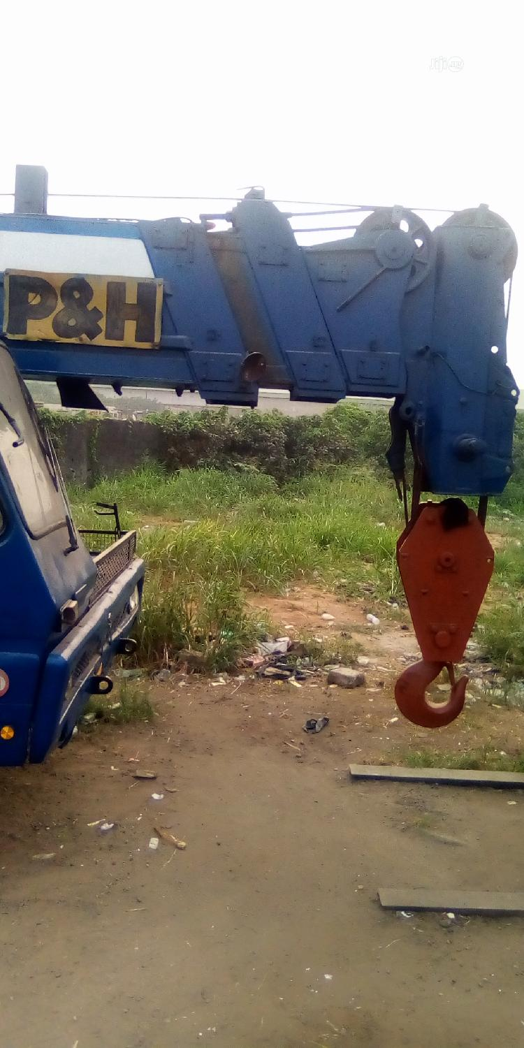 P & H 35 Tones Crane For Sale | Heavy Equipment for sale in Amuwo-Odofin, Lagos State, Nigeria