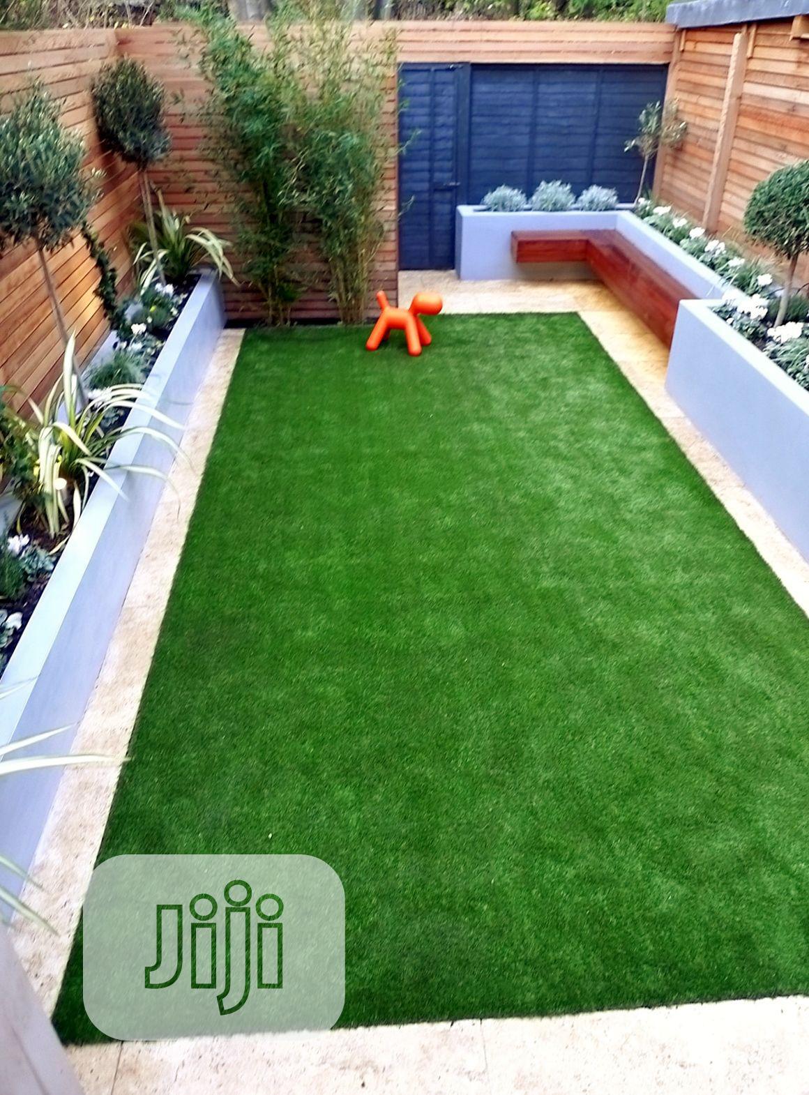 Original & Quality Artificial Green Grass Carpet For Home & Garden.