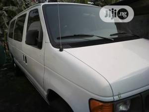 Ford E350 2004 White | Buses & Microbuses for sale in Lagos State, Apapa