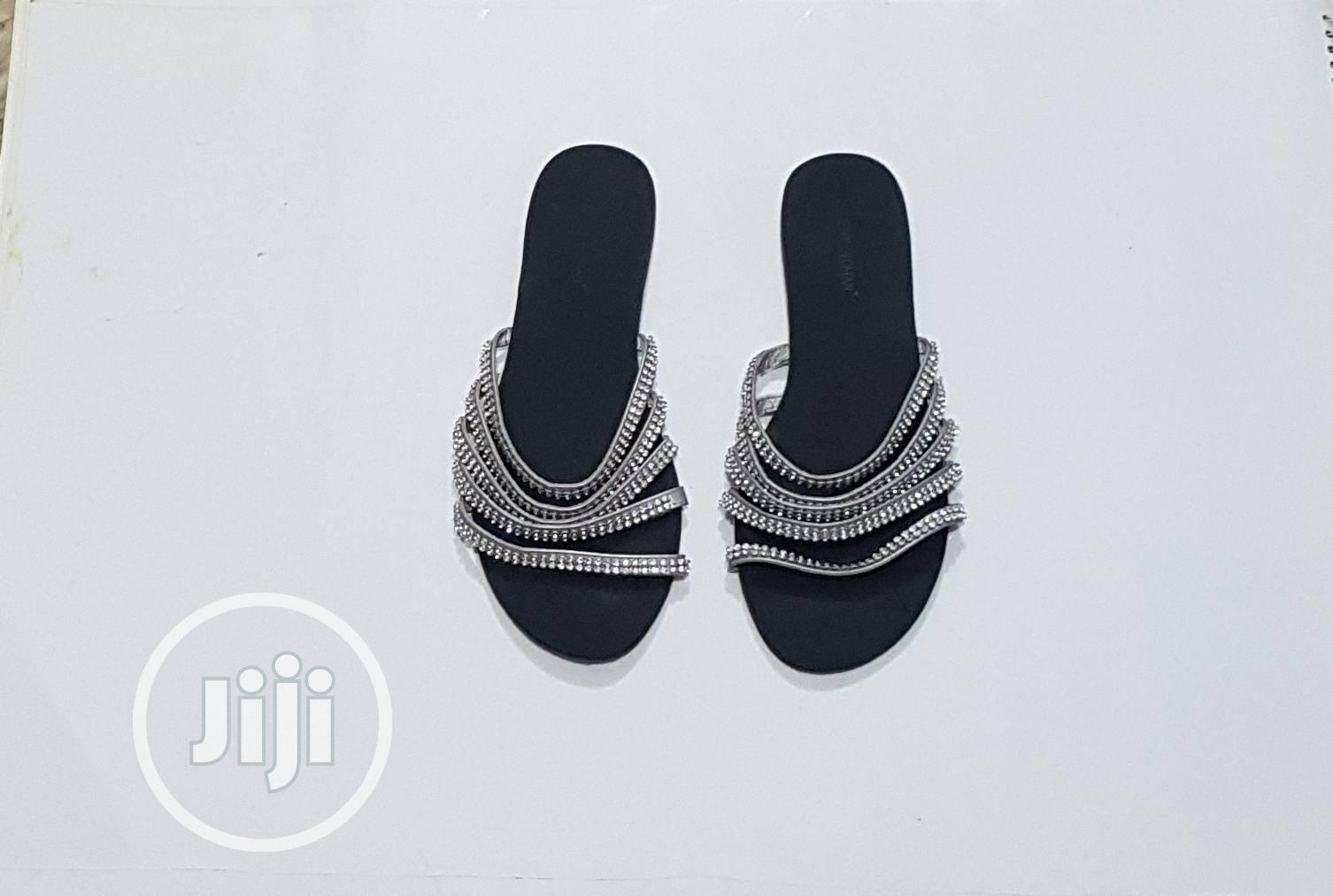 Trendy Silver Slippers With Sparkling