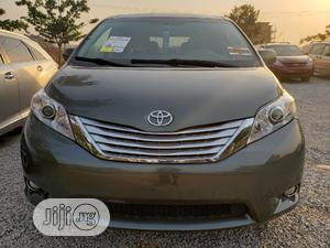 Toyota Sienna 2011 LE 8 Passenger Gray | Cars for sale in Abuja (FCT) State, Galadimawa