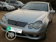 Mercedes-Benz C230 2002 Silver | Cars for sale in Abuja (FCT) State, Nyanya