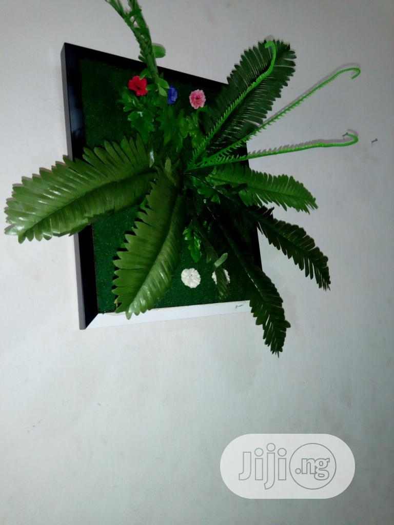 Make Your Homes Beautiful With Wall Plants Frames