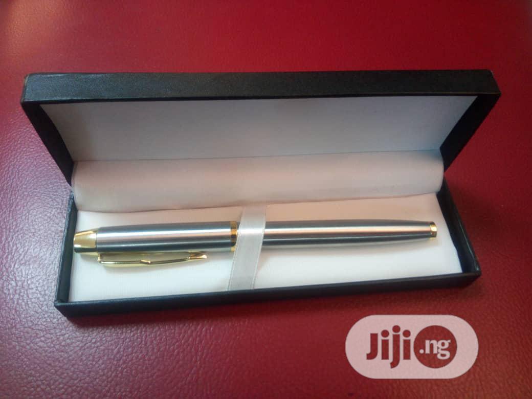 VIP Corporate Pen With Box, MOQ - 20pcs