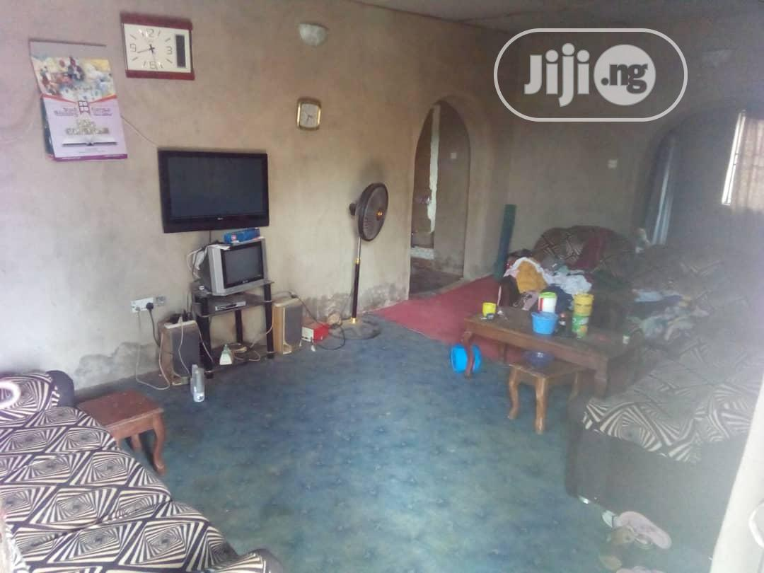 3 Bedroom Bungalow At Ojo Ibadan | Houses & Apartments For Sale for sale in Akinyele, Oyo State, Nigeria