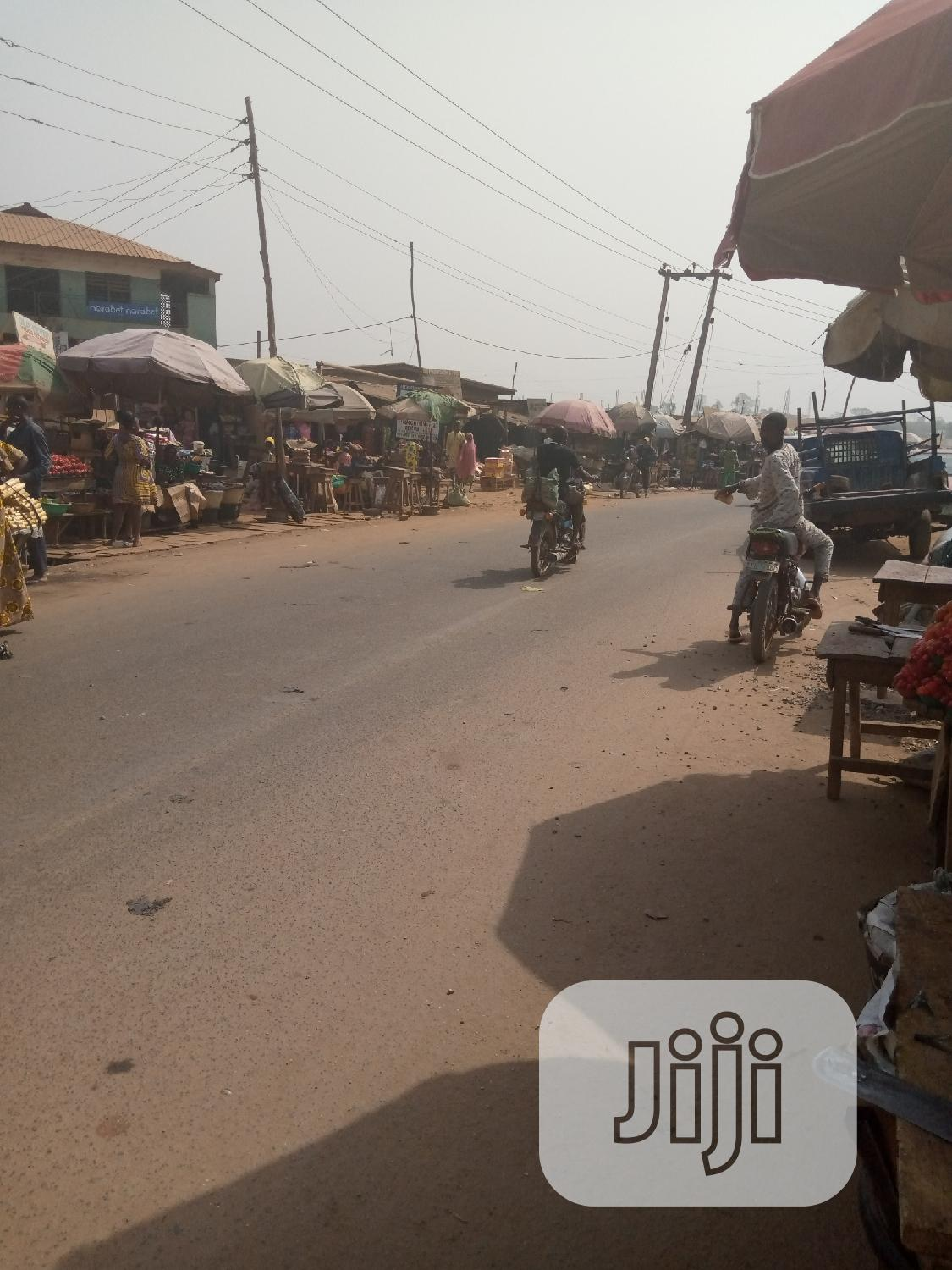 Shop For Rent And Lease In Apete And Bodija Area Mokola