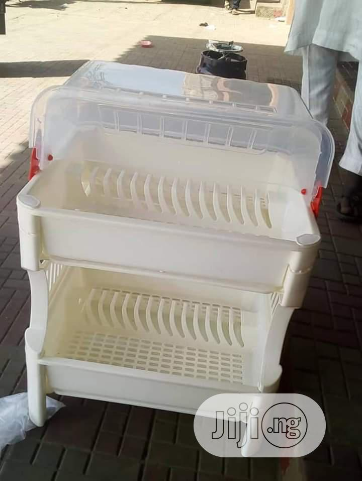 Archive: Dish Rack With Cover