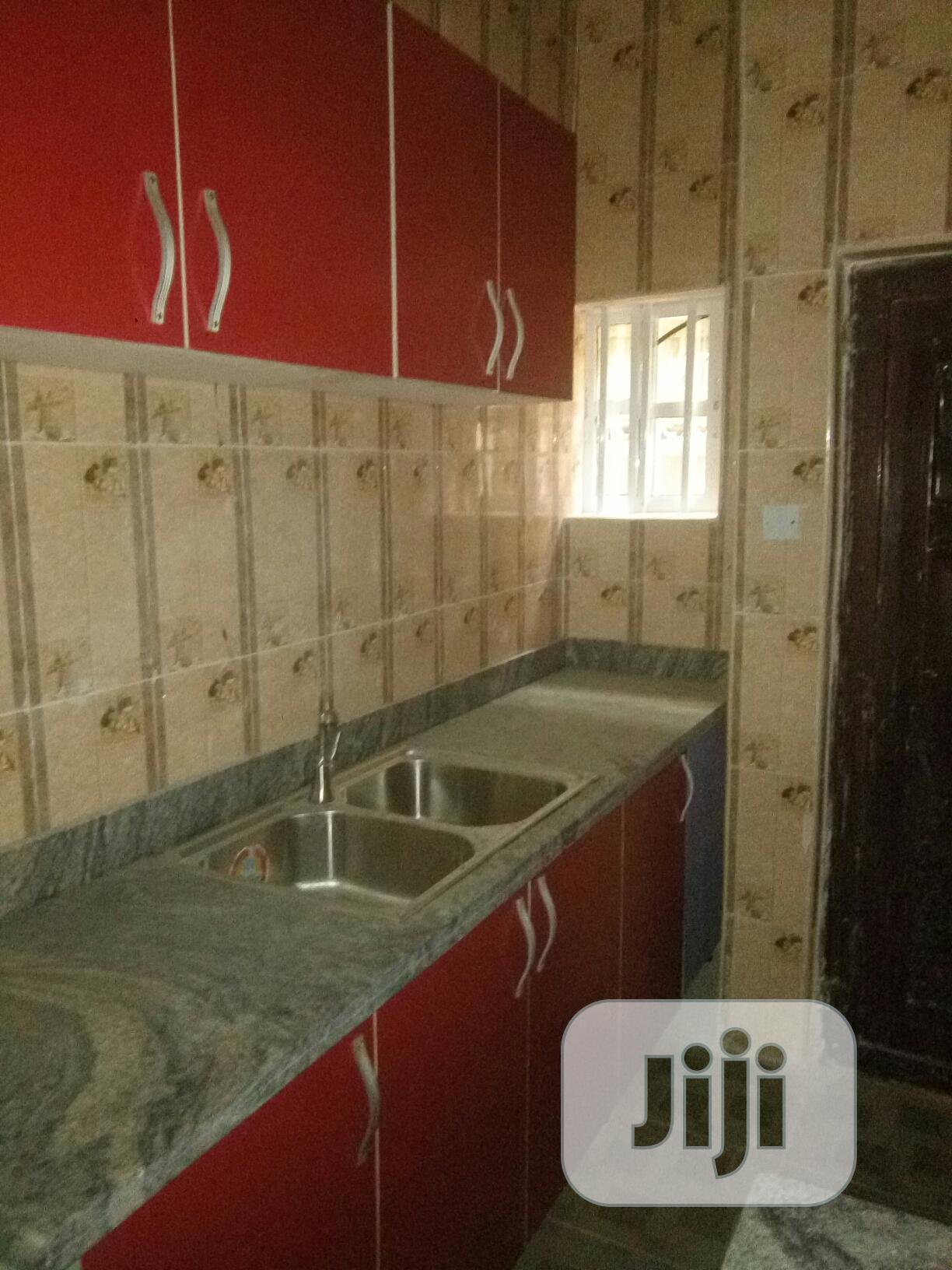 Archive: 3bdrm Apartment in Greenfield Estate, Isolo for Rent
