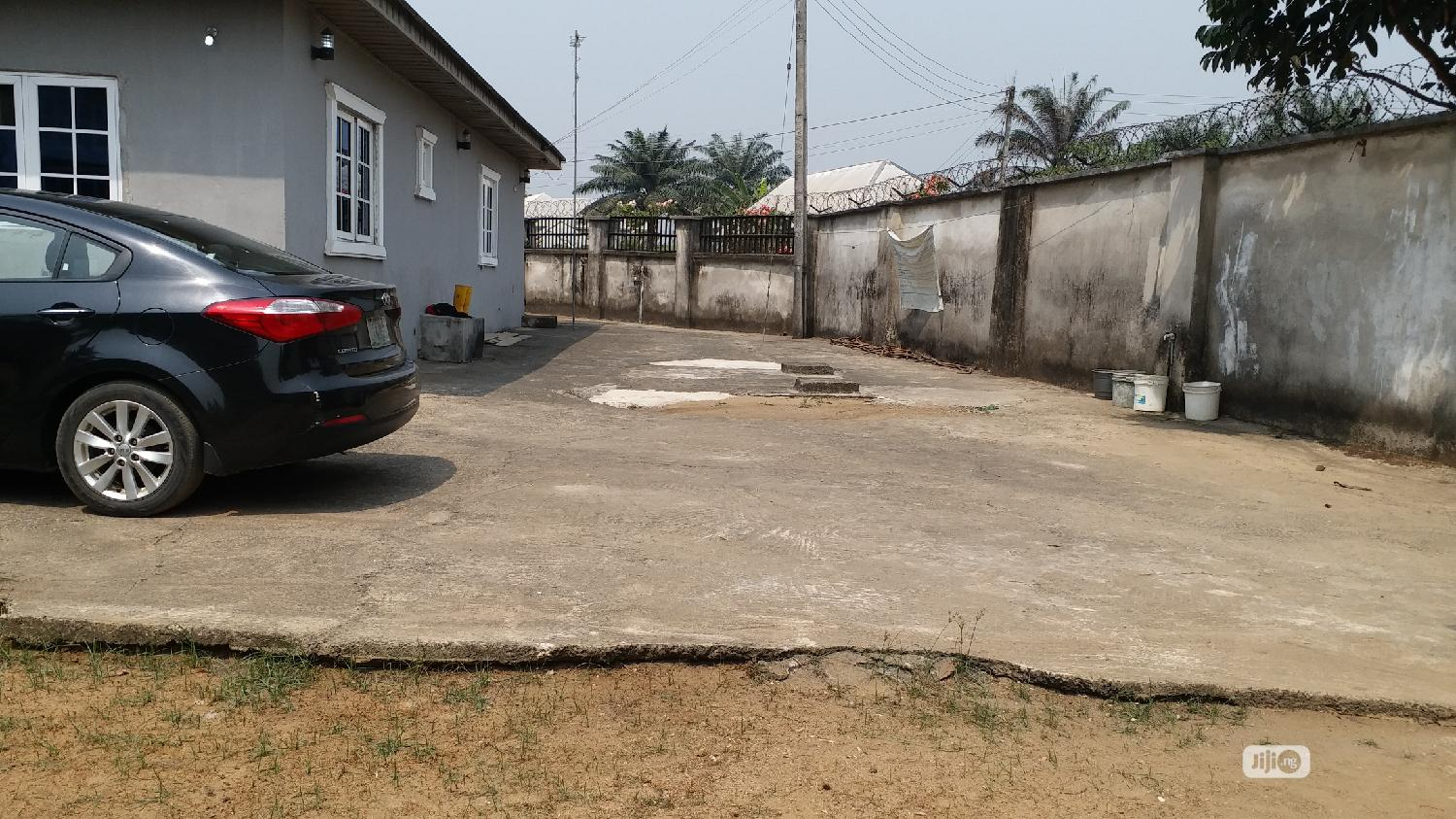 For Sale: Standard 3 Bedrooms, 1 Bedroom Flat And 5 Rooms Bq. | Houses & Apartments For Sale for sale in Uyo, Akwa Ibom State, Nigeria