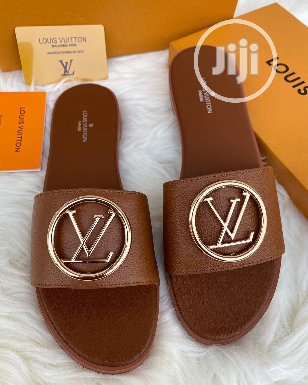 Louis Vuitton Luxury Female Flat Palm