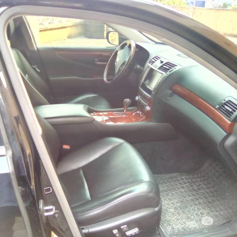 Archive: Lexus LS 2011 460 Black