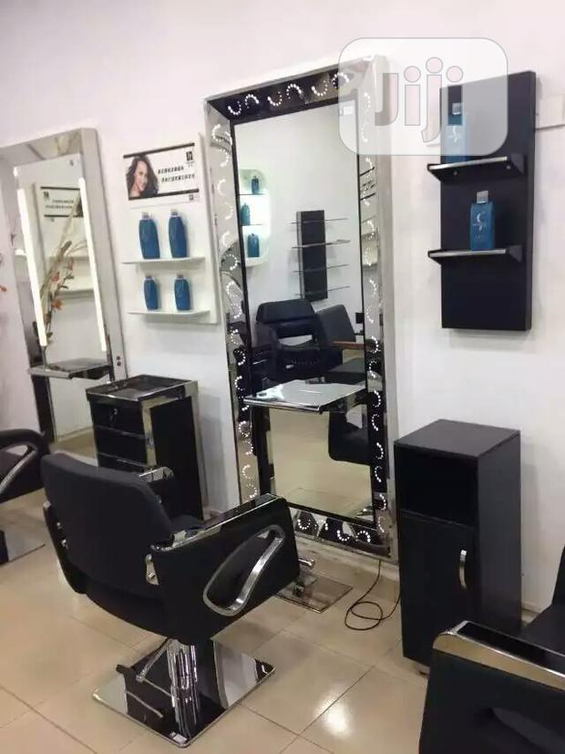 Salon Chairs And Mirrors