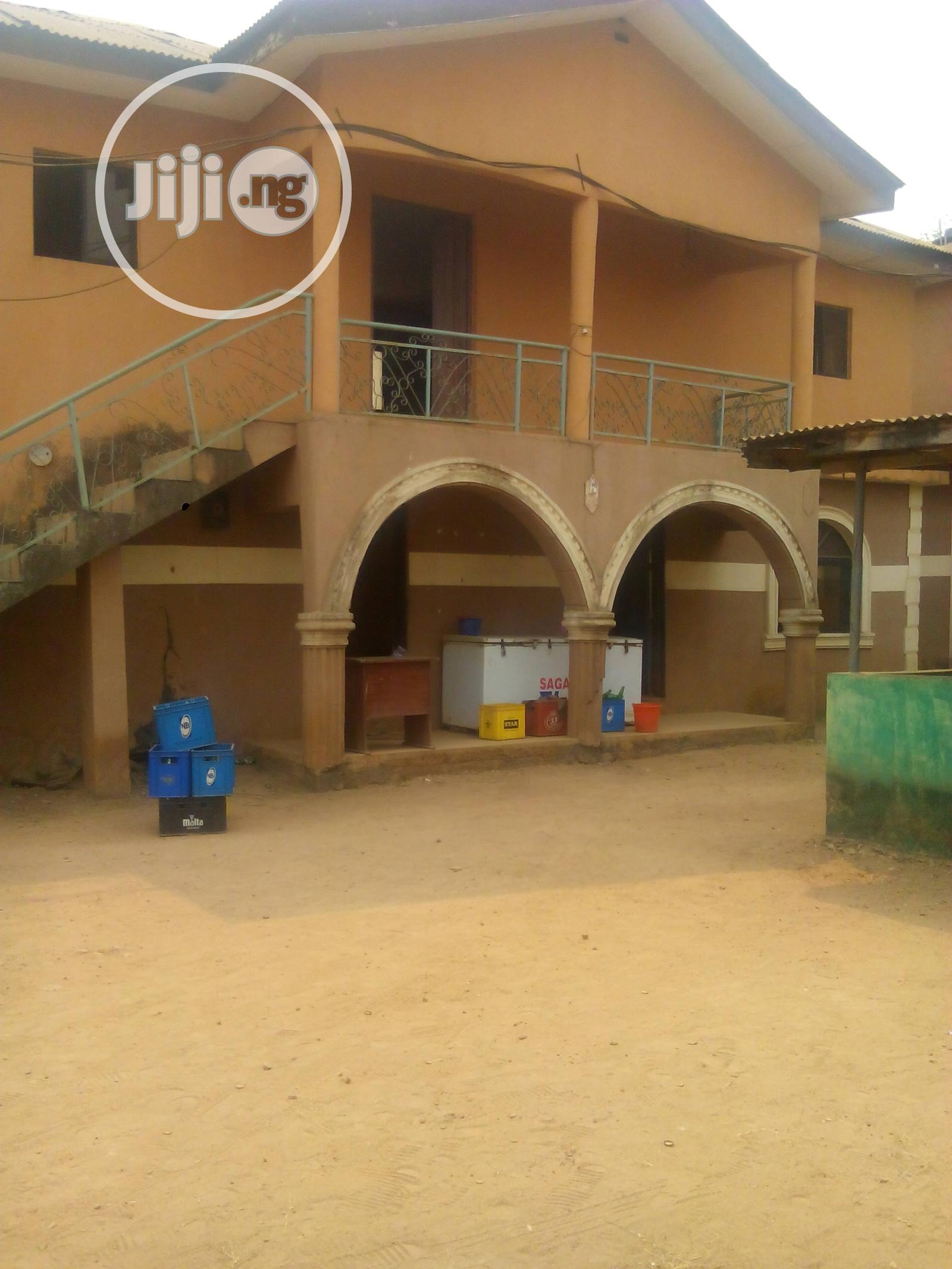 Hotel Of 11 Rooms & Others At Akute Off Ojodu/Berg For Sale