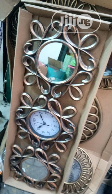 Wall Clock With Mirrow