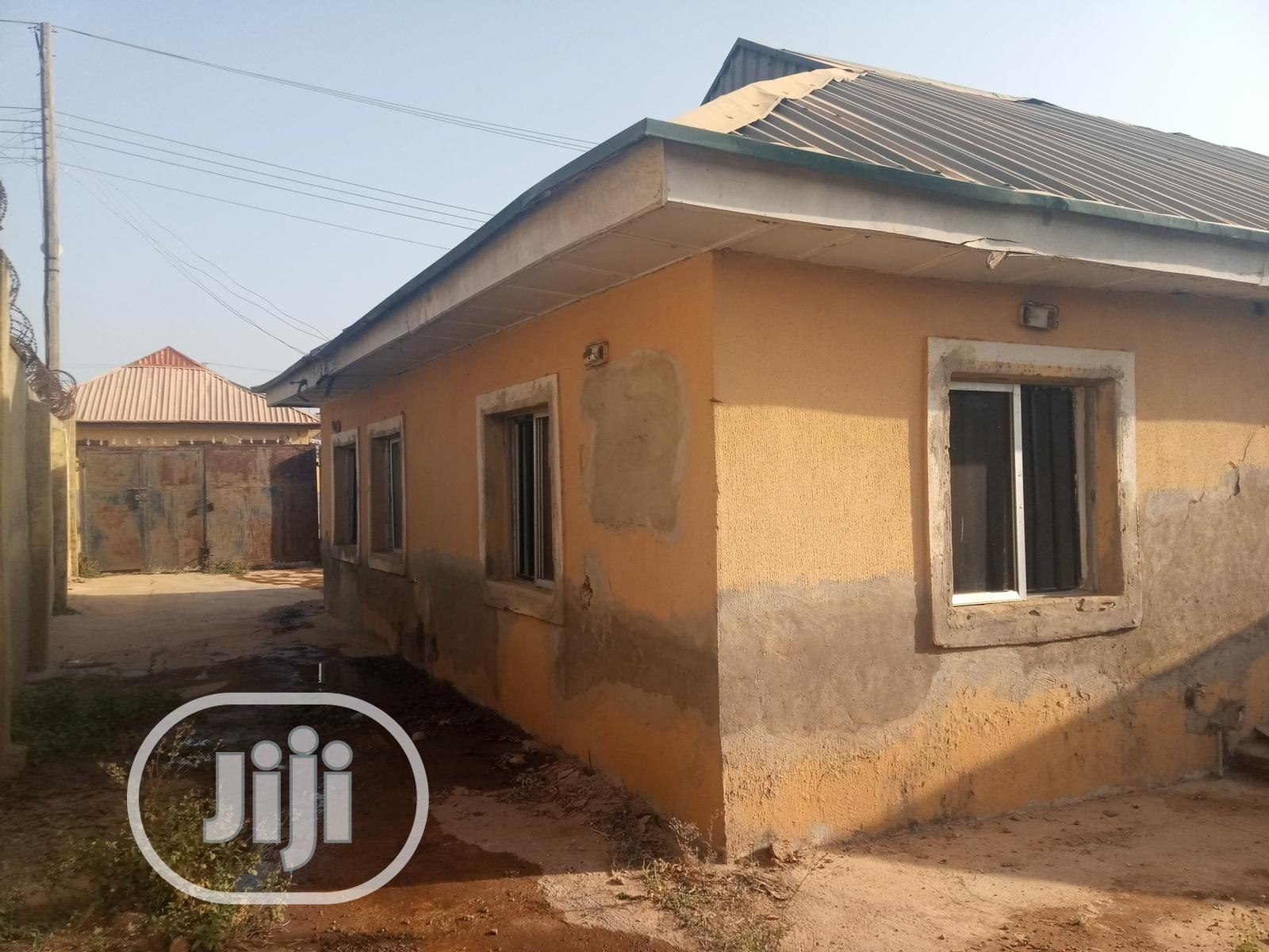 2bedroom Bungalow In Efab Estate Life Camp For Sale | Houses & Apartments For Sale for sale in Jabi, Abuja (FCT) State, Nigeria