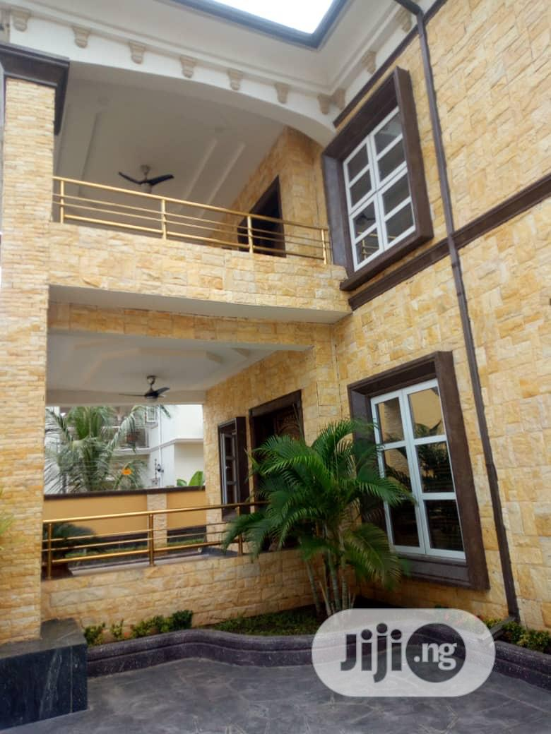 Exquisitely Crafted 5 Bedrooms Duplex With 2 Bedrooms Guest Chalet