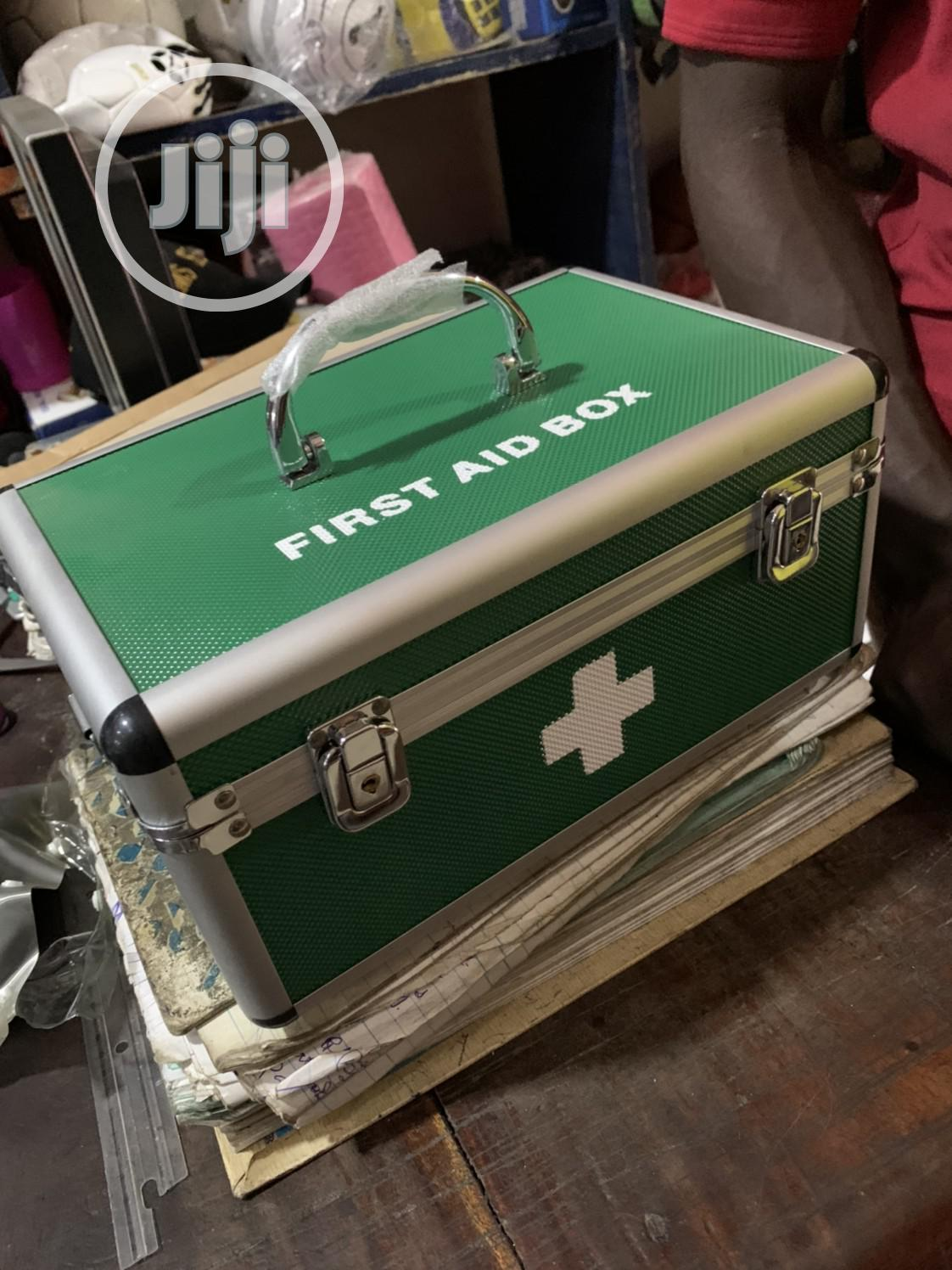 First Aid Box (Fully Kitted)
