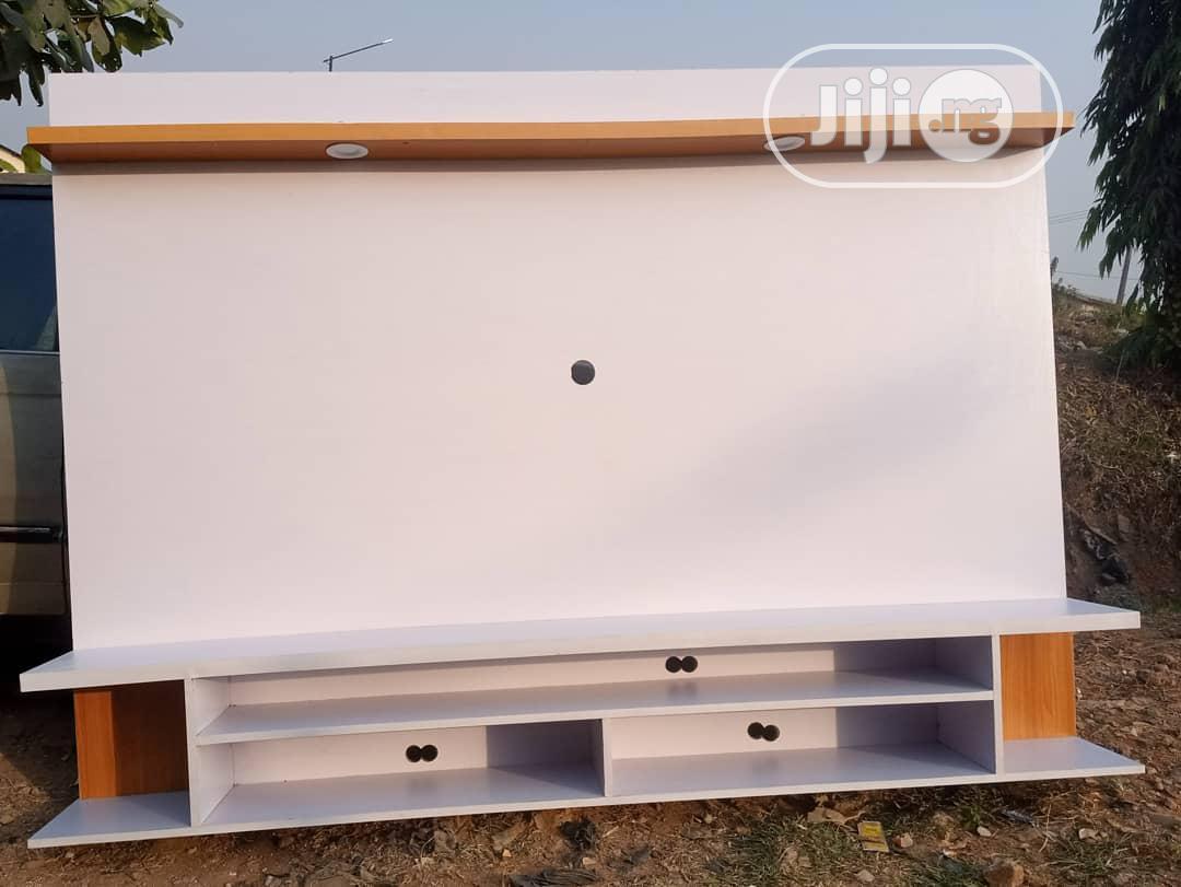 floating tv shelves with led light vZ6DKb7dsaZpYh17BuNfbVhV