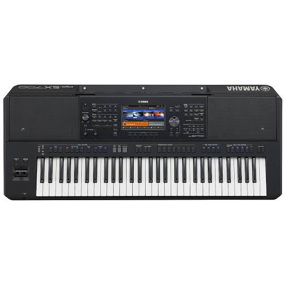 PSR-SX700 Arranger Workstation Keyboard | Musical Instruments & Gear for sale in Ojo, Lagos State, Nigeria