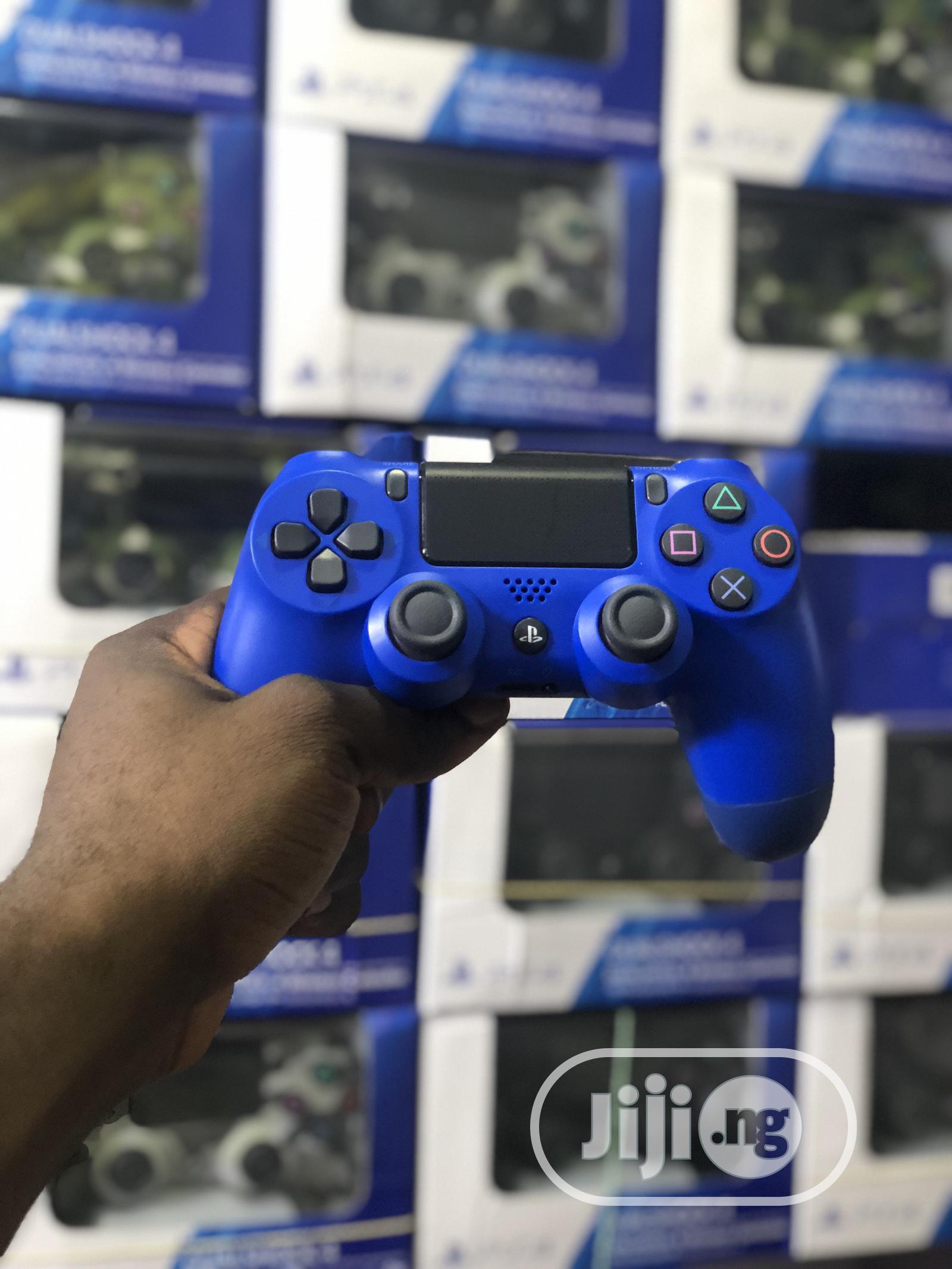 Playstation 4 (PS4) Controller / Pad