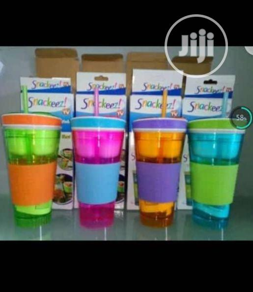 Archive: SNACKEEZ Snack & Drink Cup X1