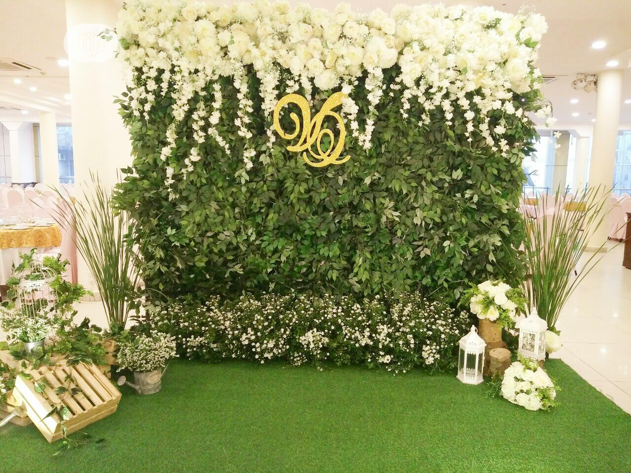 Wall Flower For Event