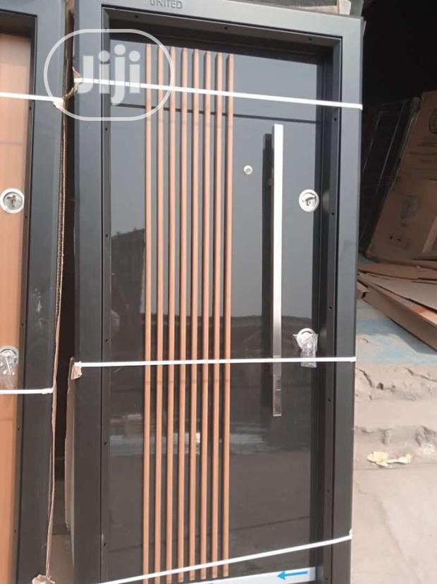 3ft 8 Stick Luxury Door
