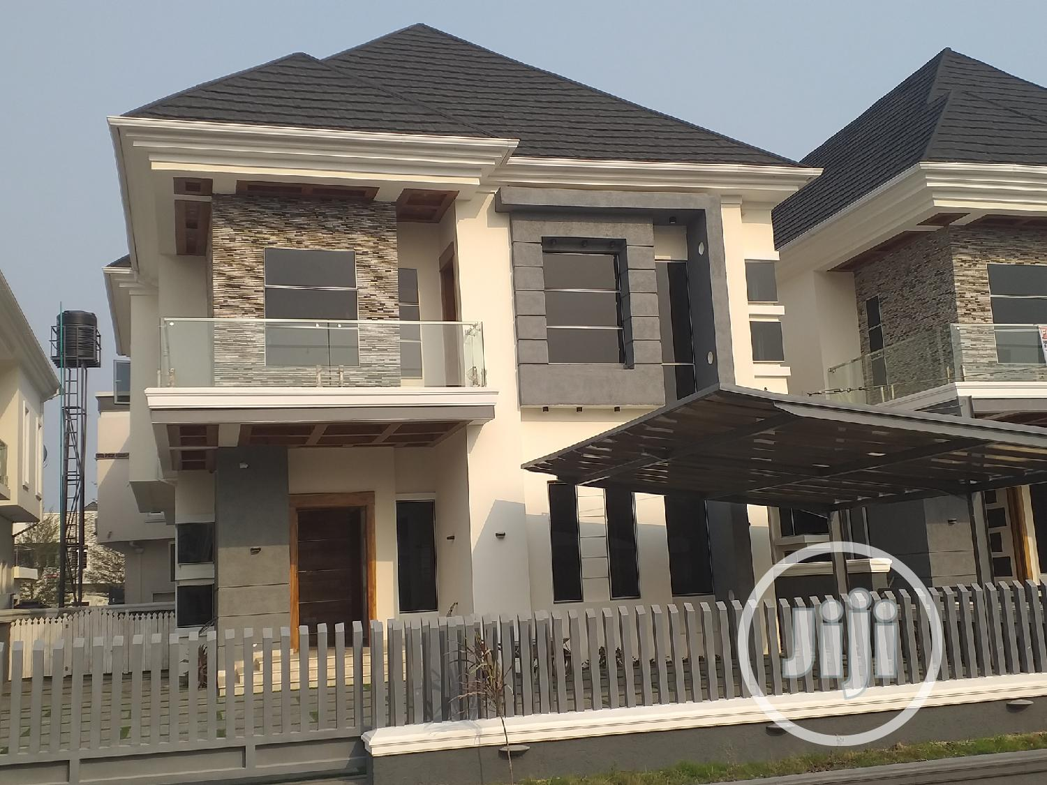 Brand New 5 Bedrooms Fully Detached Duplex With BQ For Sale At Lekki