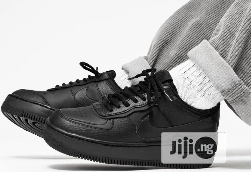 Nike AIRFORCE 1 Shadow All Black