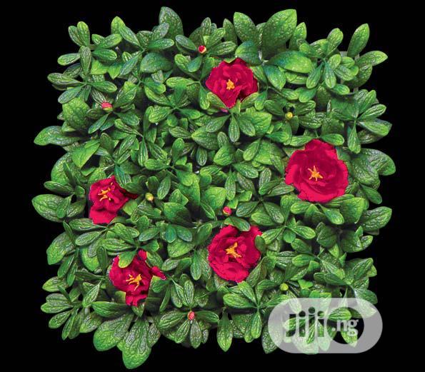New & Beautiful Artificial Mat Flower.