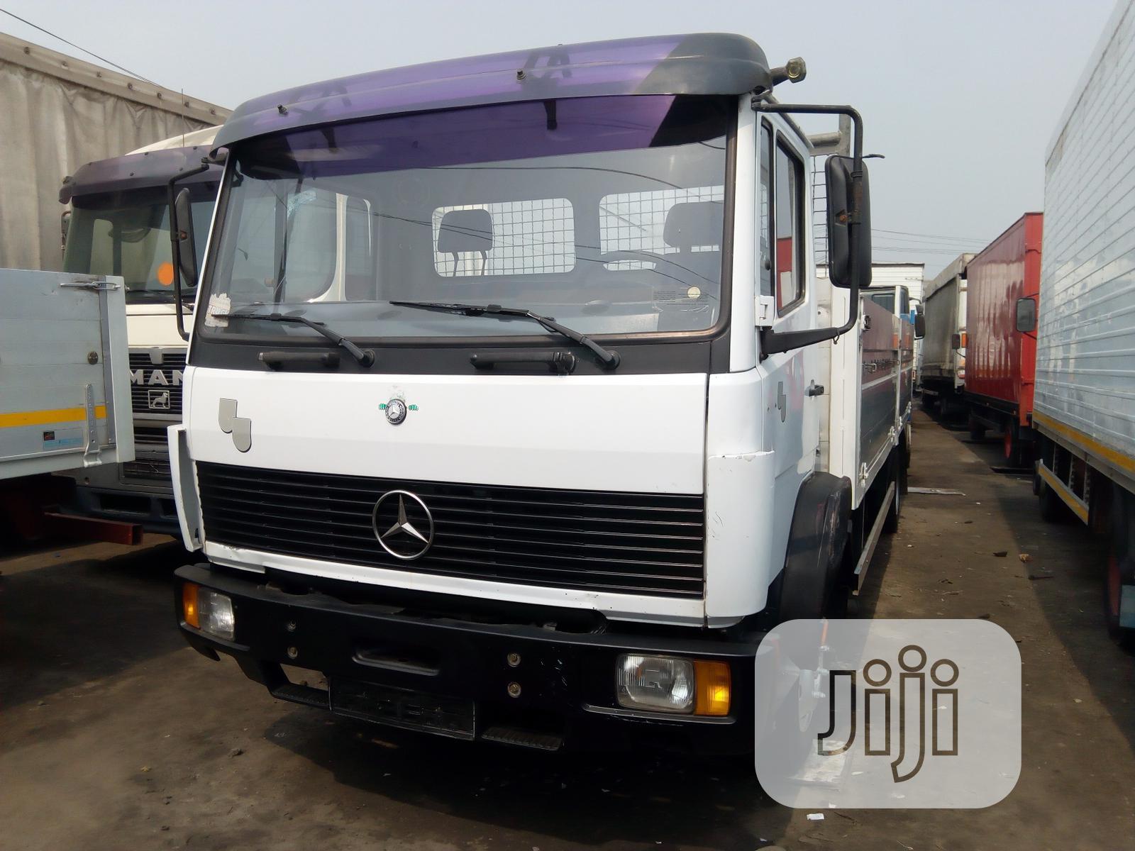 Mercedes Benz Truck White