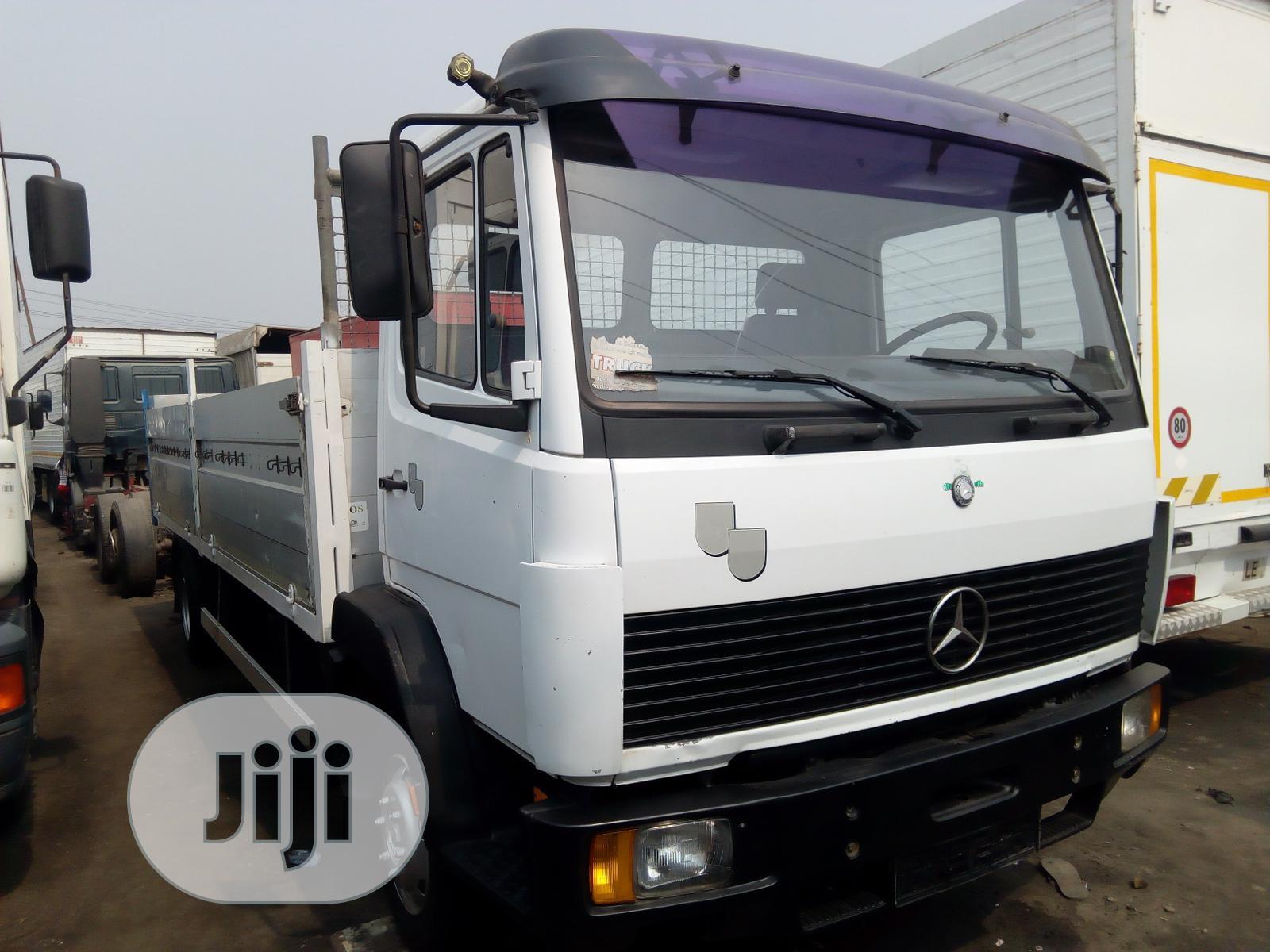 Mercedes Benz Truck White | Trucks & Trailers for sale in Apapa, Lagos State, Nigeria