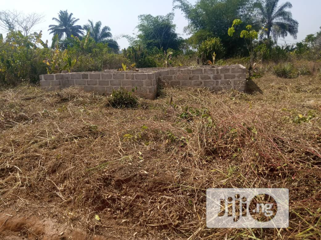 3bedrooms Bungalow On A 100x100ft