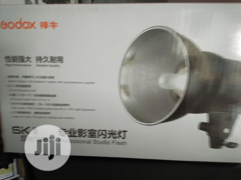 GODOX Sk300-11professiona Studios Light
