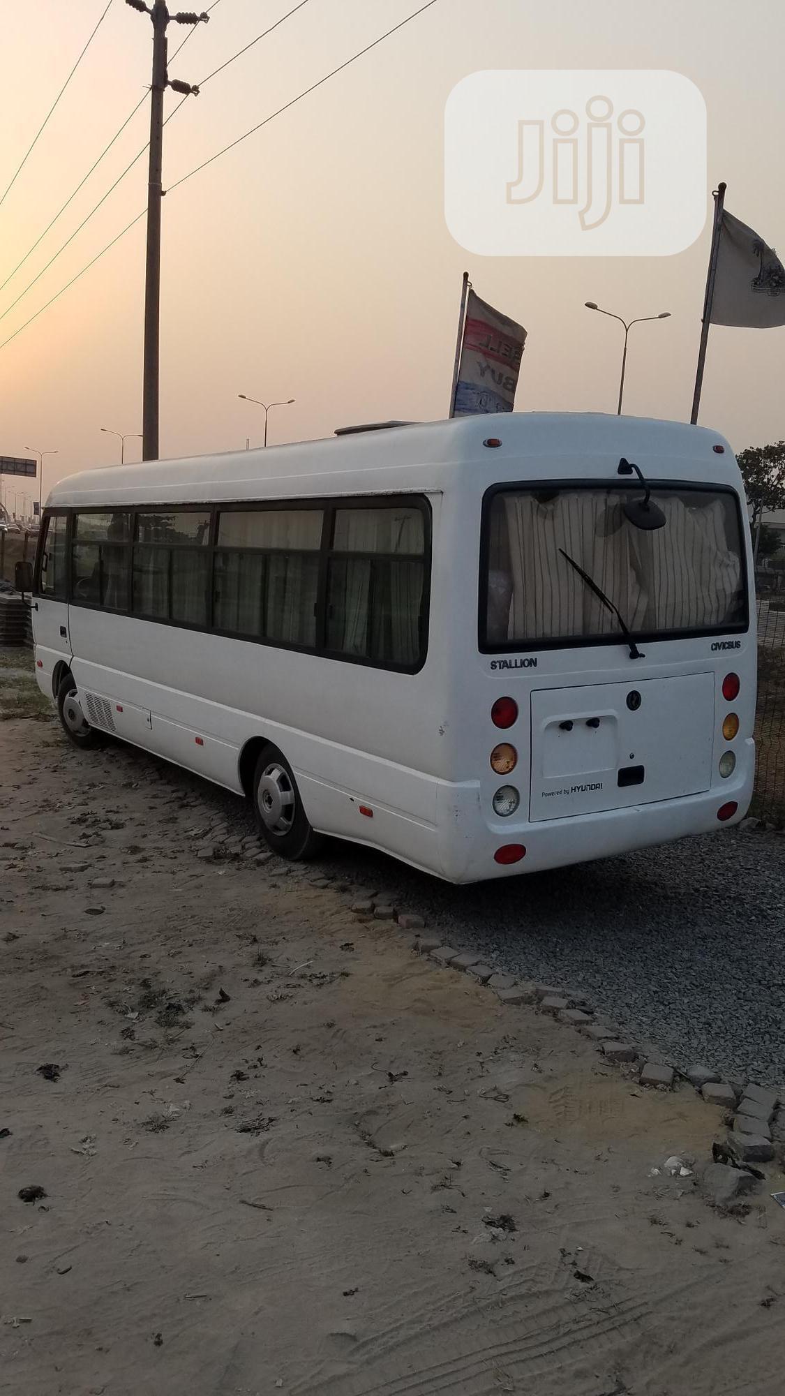 Hyundai HD 2014 White | Buses & Microbuses for sale in Lekki, Lagos State, Nigeria