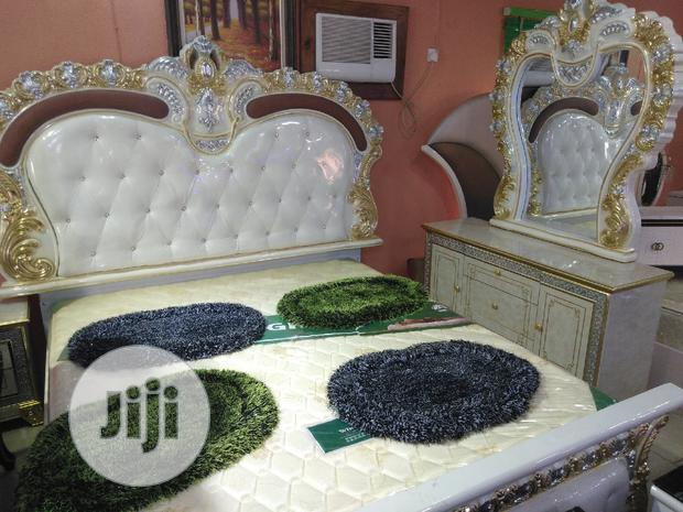 Quality Royal Bed With Dressing Mirow.