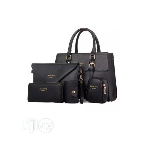 Women Classic Unique Female 5 in 1 Handbag Set- Black/ Cream