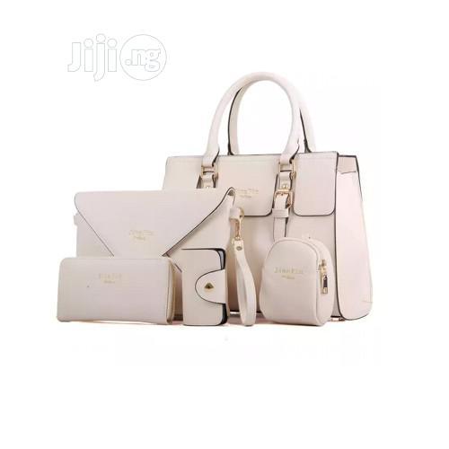 Women Classic Unique Female 5 in 1 Handbag Set- Black/ Cream | Bags for sale in Ikorodu, Lagos State, Nigeria