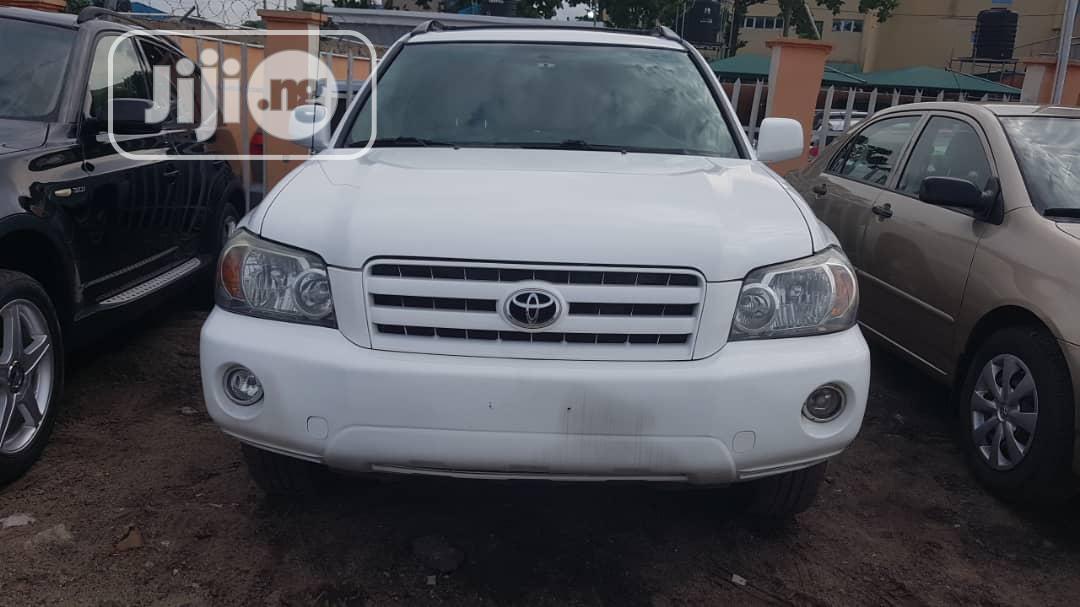 Toyota Highlander 2007 Sport White | Cars for sale in Amuwo-Odofin, Lagos State, Nigeria