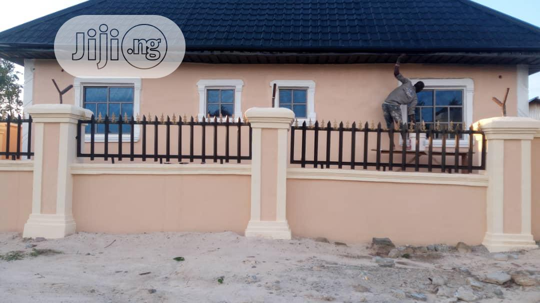 3 Unit Of 2 Bedroom Flat For Sale At Otokutu, Warri | Houses & Apartments For Sale for sale in Uvwie, Delta State, Nigeria