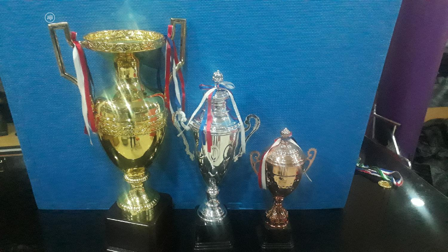 Trophies Gold
