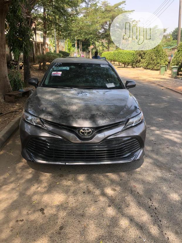 Archive: Toyota Camry 2018 LE FWD (2.5L 4cyl 8AM) Gray