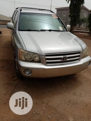 Toyota Highlander 2002 Silver
