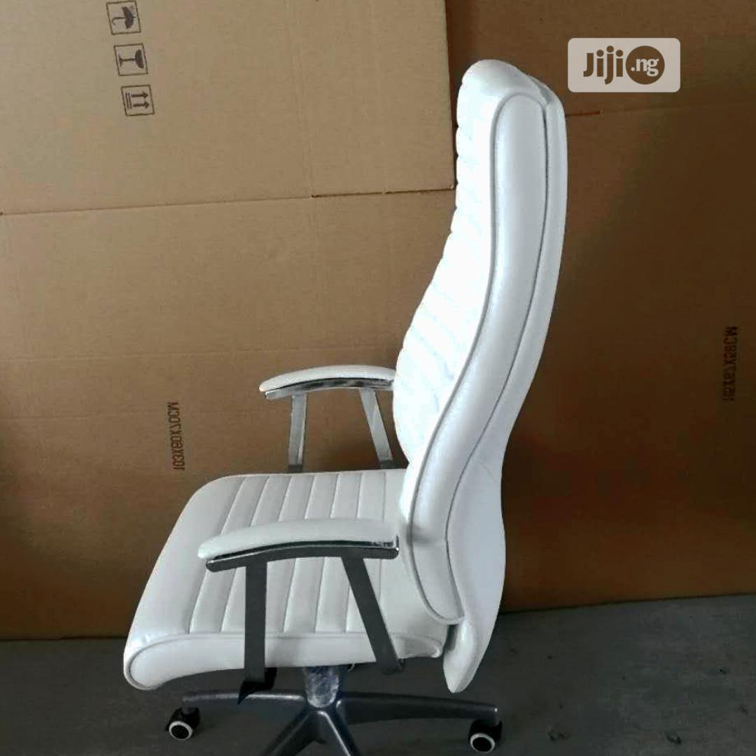 White Quality Executive Office Chair