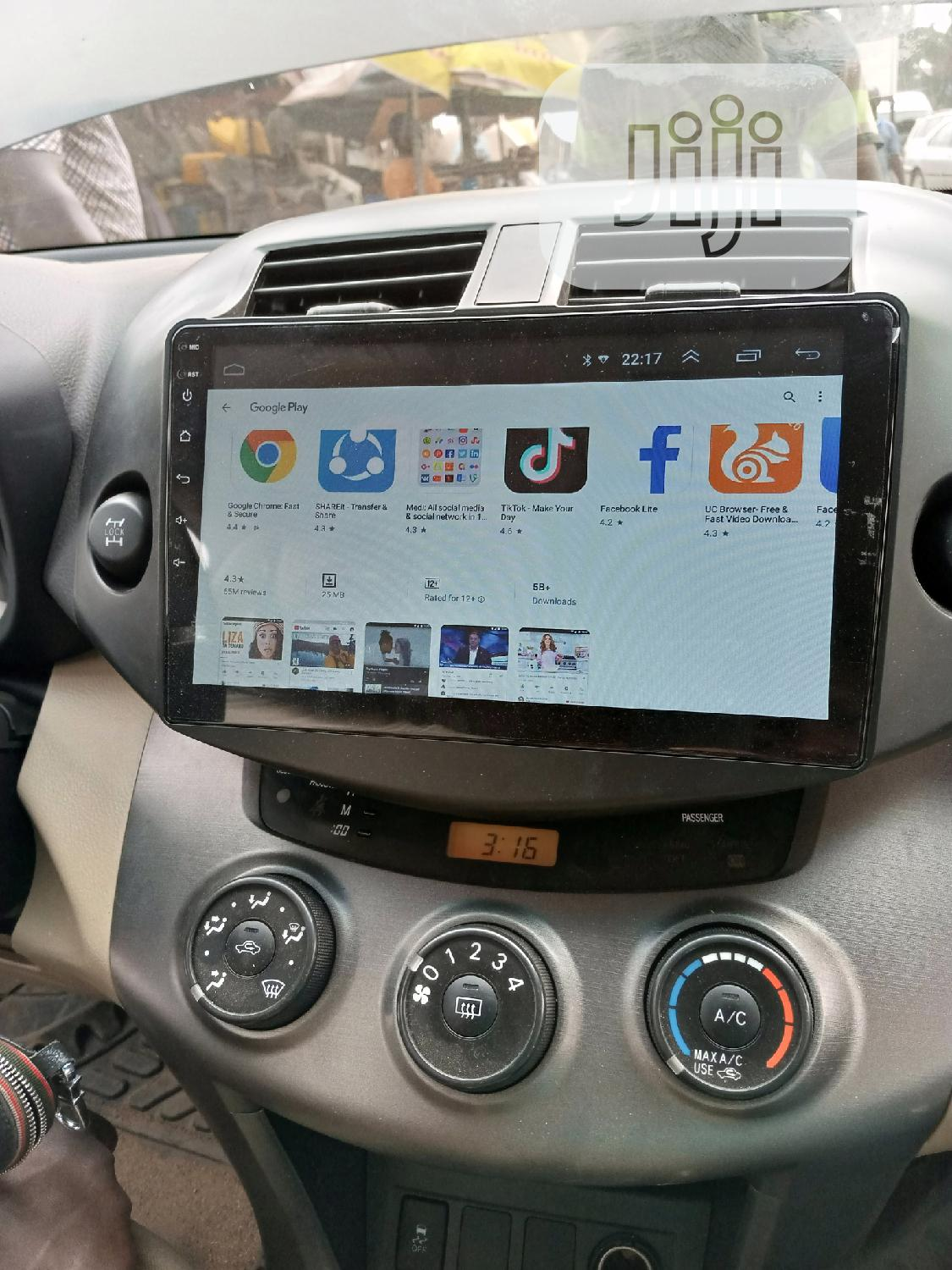 07/010 Toyota Rav4 Android Screen | Vehicle Parts & Accessories for sale in Mushin, Lagos State, Nigeria